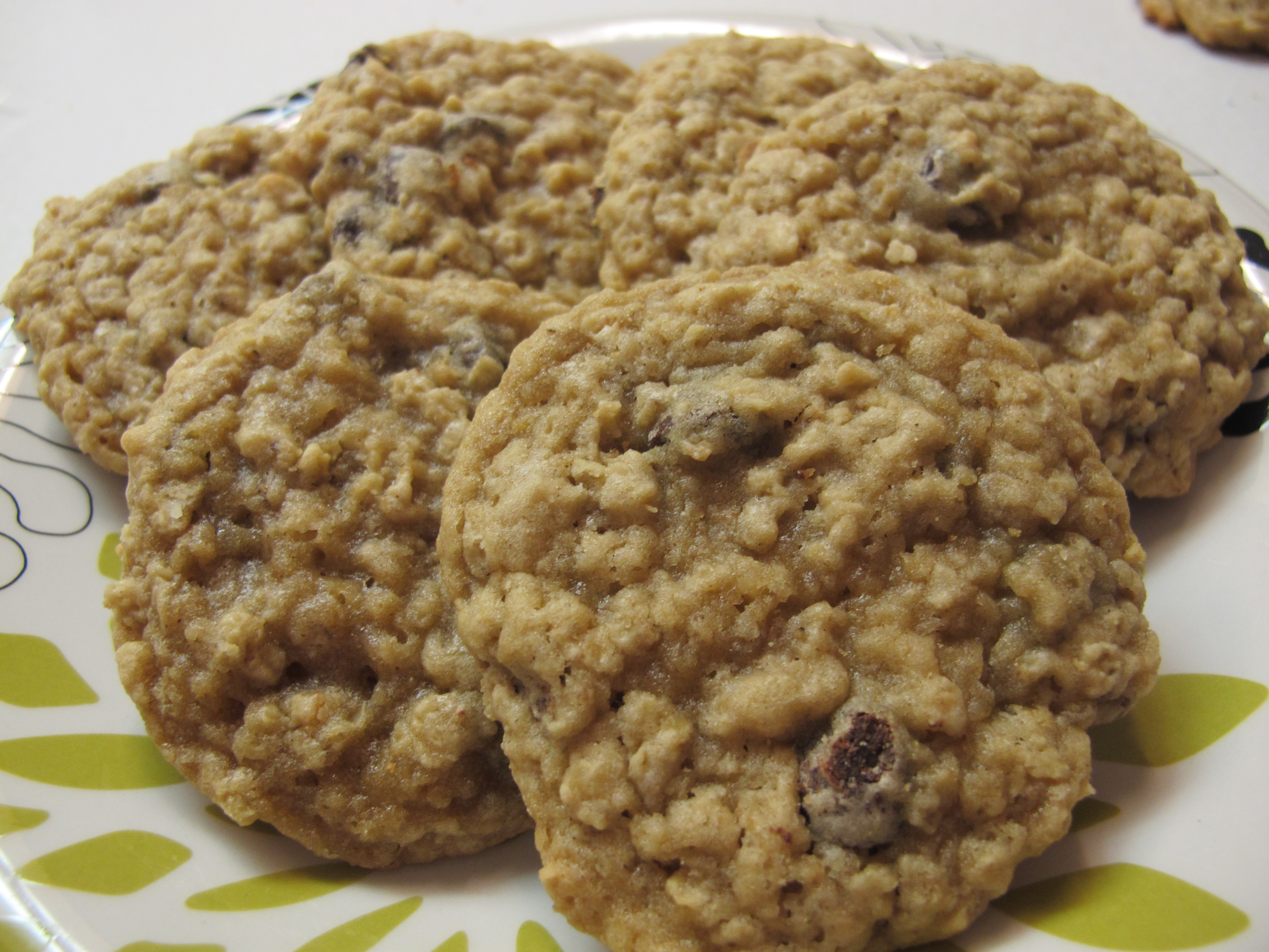 These Oatmeal Chocolate Chip Cookies are a nice chewy cookie that you ...