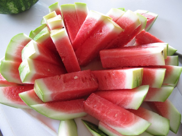 1 Watermelon cutting (5)